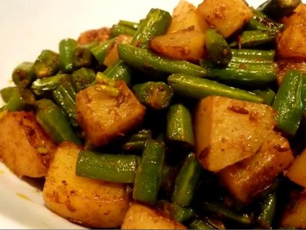 Green Beans And Potato Recipe   French beans Aloo ki Sabzi
