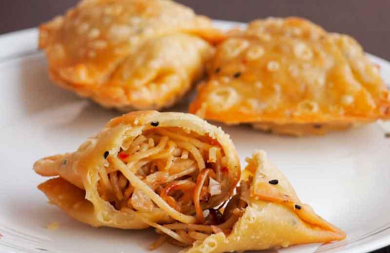 Noodles Samosa Recipe   How To Make Noodles Samosa