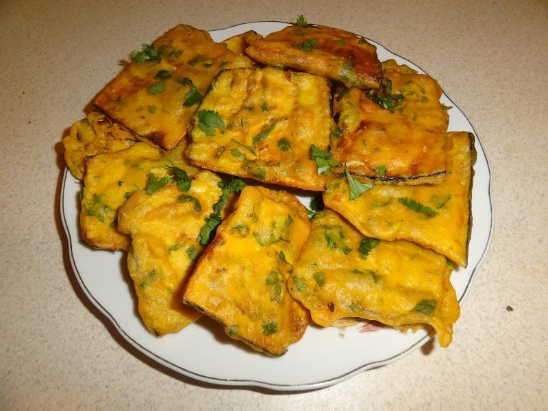 बंगाली रेसिपी बैंगन भाजा, तले हुए बैगन Baingan Bhaja Recipe