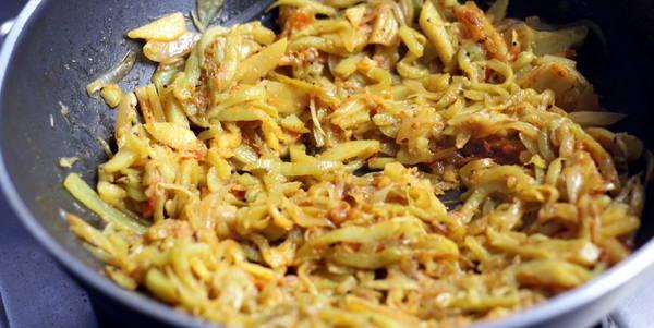 आलू परवल की सब्ज़ी – Aloo Parwal ki Sabzi recipe in Hindi