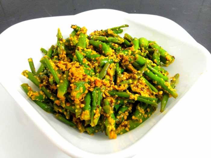 नींबू हरी मिर्च का अचार Mirch ka Achar, Lemon Pickle Recipe