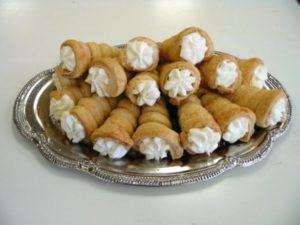 cream roll recipe in hindi