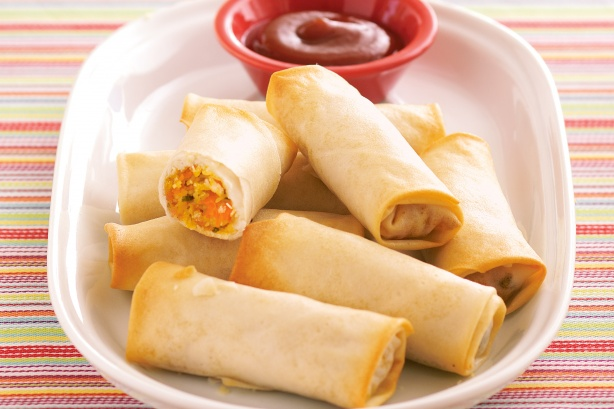 कुरकुरे वेज स्प्रिंग रोल रेसिपी Veg Spring Roll Recipe
