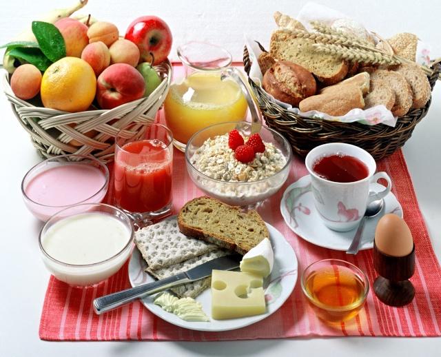 सुबह-सुबह खाली पेट कभी न खायें ये 5 चीज़े, हो सकते हैं बड़े नुक्सान