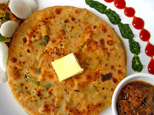Mooli Paratha Recipe In Hindi by Sonia Goyal