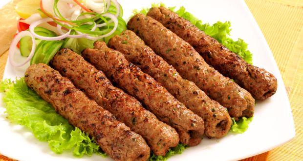 जब भी कुछ चटपटा खाने का मन करें तो बनाएं सोया मटर सीख कबाब