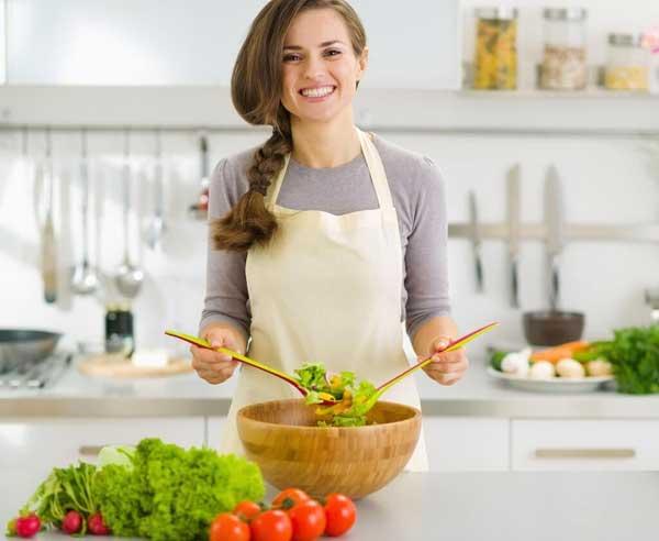 किचन के ये ज़रूरी टिप्स आपको बनायेंगे एक बेहतरीन शेफ