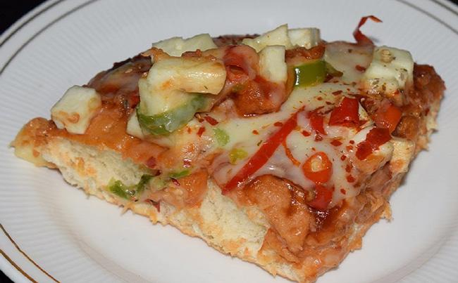मिनटों में बनाये पनीर पिज़्ज़ा – How to Make Veg Pizza