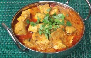 chicken handi restaurant style in hindi