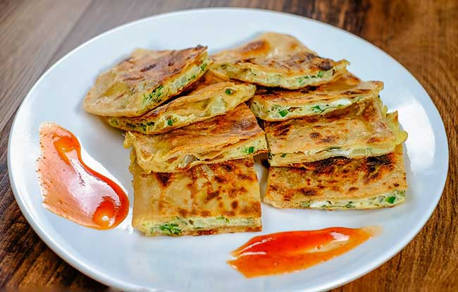 Egg Paratha Recipe in Hindi