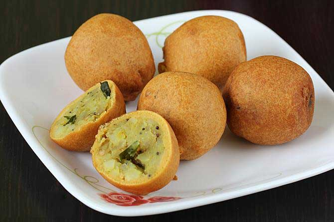 aloo bread bonda recipe
