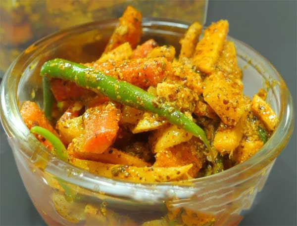 gajar mooli ginger pickle