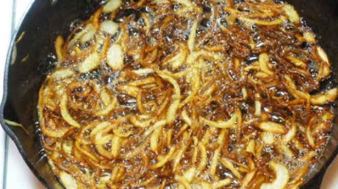 Fry onion for biryani