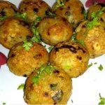 बिना तेल के सिर्फ दो चीजों से तैयार करें यह जबरदस्त नाश्ता Potato Poha Balls Recipe In Hindi