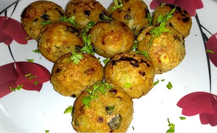 Potato Poha Balls