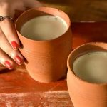 क्या आपको पता है कि कुल्हड़ में चाय पीना आपके लिए कितना फायदेमंद है? Kulhad Tea Benefits