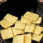 घर पर बनाएं मार्केट से भी ज़्यादा टेस्टी मिक्स मठरी mix mathri recipe