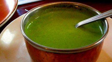 इस बार बनाएं हरी मिर्च की खट्टी, मीठी व तीखी चटनी Green Chilli Chutney