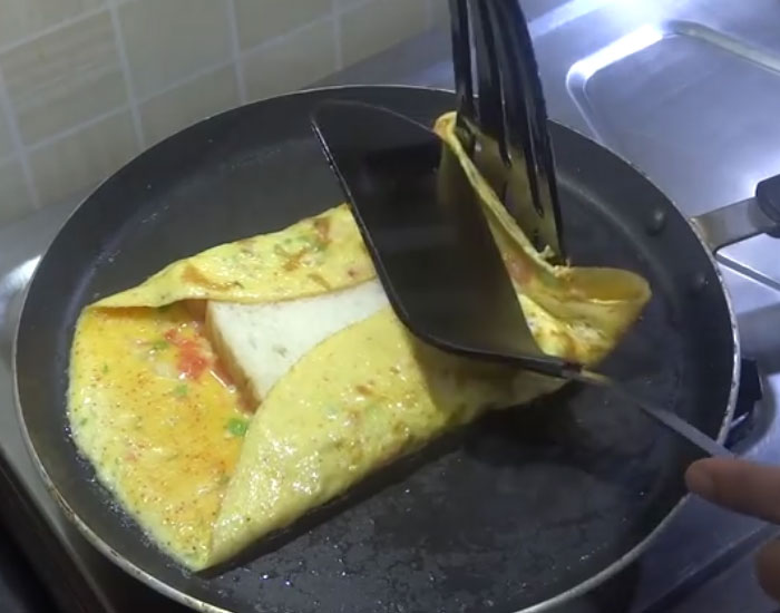 Bread Omelette Recipe in hindi