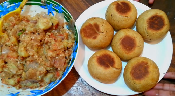 stuffed litti chokha recipe in hindi