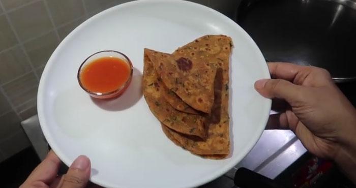 tomato paratha recipe