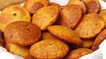 सफर की भूख या टिफिन के लिए बनाए झटपट नाश्ता Besan Masala Puri Recipe