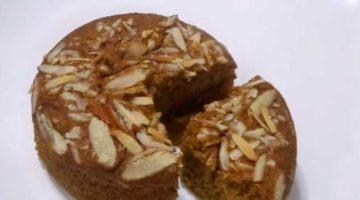डिब्बे में बेकार पड़े टूटे फूटे और सीले बिस्कुट से बनाए कुकर केक Biscuit Cake