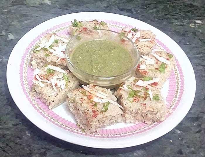 व्रत में कुट्टू के आटे से बनाएं ये मज़ेदार ढोकला Kuttu ka Dhokla