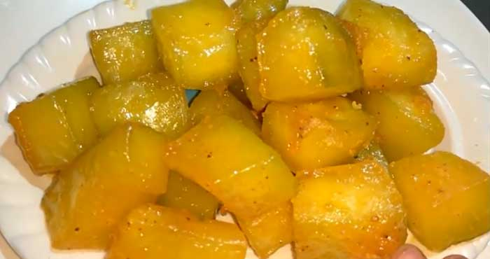Raw papaya murabba