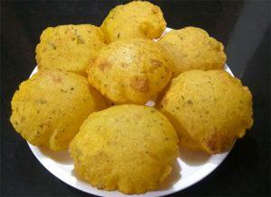 Suji Aloo Poori Recipe