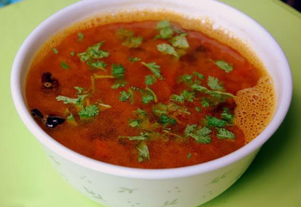 रेस्टोरेंट जैसी स्वादिष्ट साउथ इंडियन टमाटर रसम Tomato Rasam Recipe