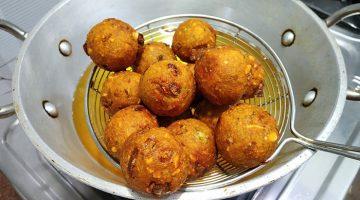 बची रोटी, आलू और मूंगफली का टेस्टी स्नैक Peanut Potato Balls