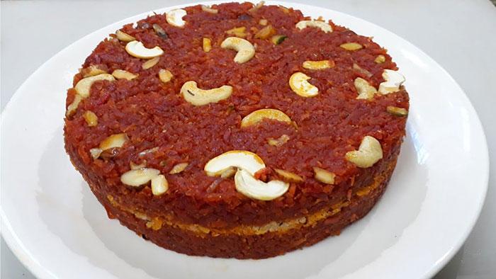 इस बार गाजर का हलवा या मिठाई नहीं बल्कि बनाएं स्वदिष्ट केक Carrot Cake Recipe