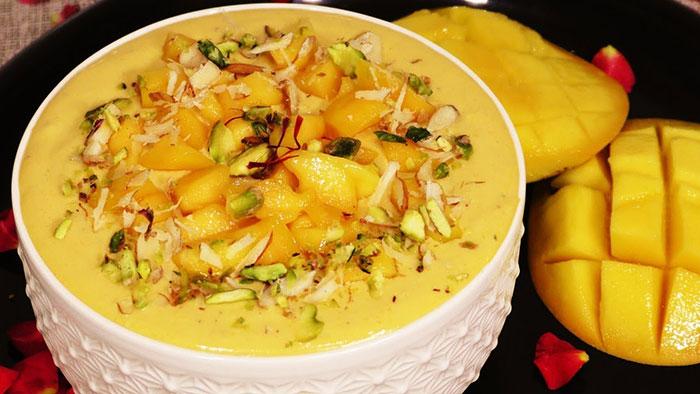 इस अनोखे तरीके से 5 मिनट में बनाएं ठंडी गाढ़ी मैंगो रबड़ी Mango Rabdi Recipe