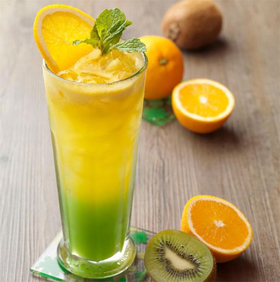 Orange kiwi juice