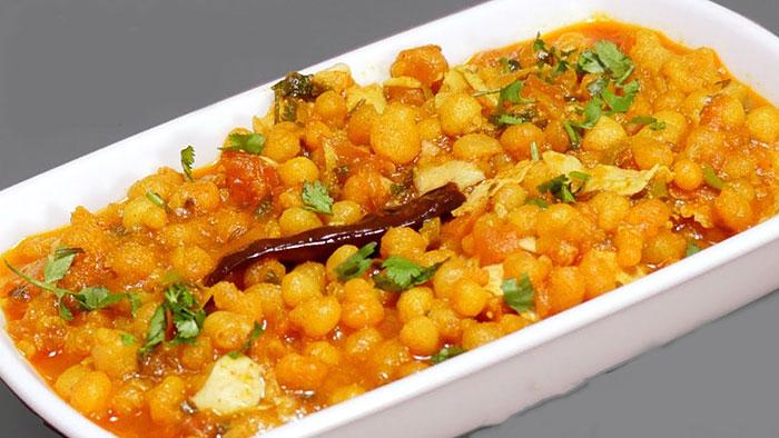 जब कुछ समझ ना आएं तो मिनटों में बनाएं बूंदी पापड़ की मज़ेदार सब्जी Boondi papad ki Sabzi