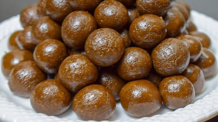 इन खट्टी मीठी गोलियों में भरा है सेहत का खज़ाना बनाएं सिर्फ दो चीज़ो से Amla gud ki goli