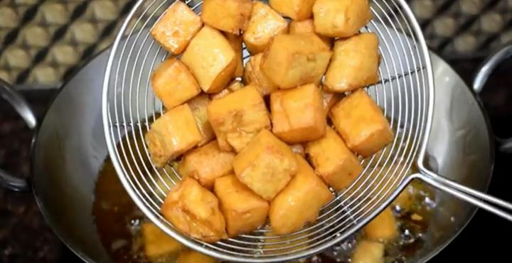 Besan Kadhi Cubes Recipe