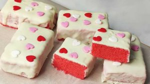 red velvet cake bar