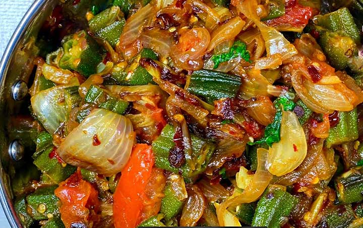 lehsuni bhindi do pyaza recipe